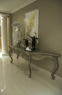entrance hall large console | Flickr - Photo Sharing!