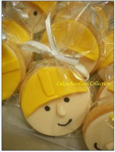 bob the builder cookies or cupcakes? Super simple
