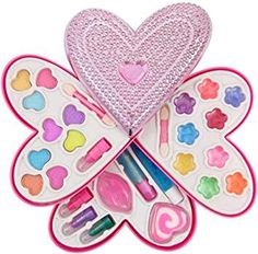 Liberty Imports Petite Girls Heart Shaped Cosmetics Play Set - Fashion Makeup Kit for Kids Little Girl Makeup Kit, Makeup Kit For Kids, Little Girl Toys, Kids Makeup, Little Girl Gifts, Little Girl Outfits, Toys For Girls, Barbie Doll House, Barbie Dolls