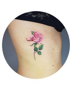#rosetattoo #rose #tattoo #colortattoo #colorful #smalltattoo #small tatuagem, rosa, flor, tattoo, rose