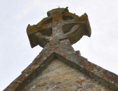 Hazleton St Andrew's chancel cross -158  http://www.bwthornton.co.uk/a-midsummer-mouse.php