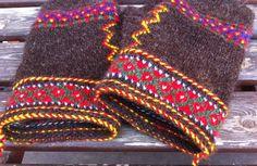 Ore, tvåändsstickning, KAL, Fingerless Mittens, Knit Mittens, Mitten Gloves, How To Start Knitting, Wrist Warmers, Learn To Sew, Knitting Projects, Knitting Ideas, Hobbies And Crafts