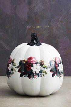 preciosas ideas de calabazas decoradas con motivos florales, calabazas con decoupage paso a paso