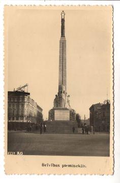 1930-s MONUMENT in RIGA LATVIA LATVIJA LATVIAN ANTIQUE POSTCARD - SIZE PHOTO