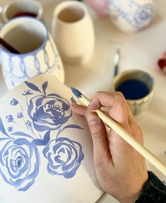 Glass Ceramic, Ceramic Clay, Ceramic Painting, Ceramic Pottery, Pottery Art, Pottery Painting Designs, Pottery Designs, Slab Ceramics, Hand Painted Ceramics