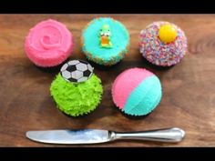 Cupcake Frosting WITH A KNIFE! 5 Frosting Techniques with NO TOOLS