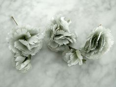 Vintage 1950s millinery flowers 3 piece green tones carnations wire stems