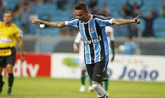 A maiorrevelação do Grêmio e do futebol brasileiro atual, o atacante Luan cada vez mais despertao interesse de clubes europeus. O empresário Sabatino