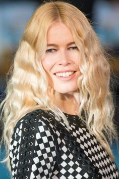 Claudia Schiffer + Crimped Waves + Braid and Sleep / #fashion #summer #hairstyles