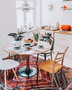 30 Modern Dinning Room Design Ideas for Bungalows House Decor, Interior, Interior Design Kitchen, Home Decor, House Interior, Dining Room Decor, Home Interior Design, Interior Design, Home And Living