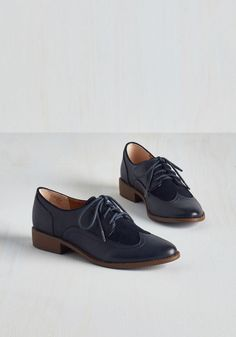 When you find flats as dapper as these navy blue Oxfords by BC Footwear, you don't let them go! Sport these vegan faux-leather lace ups with anything from a menswear-inspired ensemble to a retro dress, flaunting their suede-like top panels with every proudly posh step.