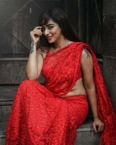 Image may contain: one or more people Kajol Saree, Blogger Girl, Saree Models, Indian Models, India Beauty, Indian Girls, Sexy Women, Elegant, Beautiful