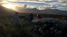 A hillwalker in west Kerry has made a stunning discovery which connects a tomb with the equinox. Autumnal Equinox, Mountain Range, Rock Art, The Rock, Discovery, Ireland, Europe, Sun Sets, Adventure