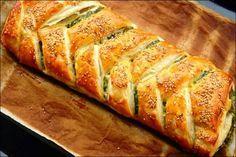 Trenza rellena de espinaca y queso