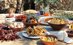 HOTEL CITTA dei NICLIANI Peloponnese Table Settings, Lunch, Dinner, Dining, Eat Lunch, Food Dinners, Place Settings, Lunches, Tablescapes