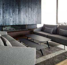 New Costura sofa, a Jon Gasca design: armchair, ottoman, sofa and sofa with chaiselongue Luxury Furniture, Furniture Design, Office Sofa, Sofa Tables, Coffee Tables, Sofa Frame, Sofa Upholstery, Visual Comfort, Furniture Companies