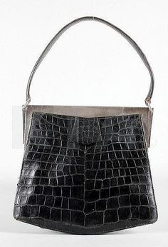 Hermès 'Isabeau' Crocodile Handbag - 1930's - Crocodylus Porosus, engraved to the interior Hermès, Paris - @Mlle