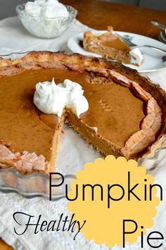Healthy Pumpkin Pie with a cute fall-ish crust #pumpkin #healthy