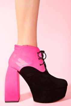 Gobi Platform Boot in Black. Like, Repin, Share, Follow! Thanks :)