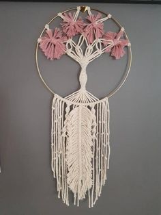 B l o s s o m Flower Feather Tree of Life Dreamcatcher image 1 Macrame Art, Macrame Design, Macrame Projects, Macrame Knots, Feather Tree, Macrame Tutorial, Macrame Patterns, Tree Of Life, Dyi