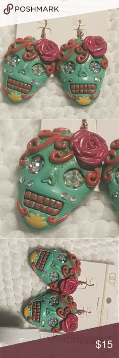 Chunky Sugar Skull 💀 Fashion Leader earrings Chunky Sugar Skull 💀 Fashion Leader earrings   Awesome earrings for the sugar skull enthusiast! Nearly 3in long Colorful and full of Bling! Fashion Leader Jewelry Earrings