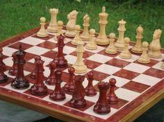 3 kg Staunton Club Chess Set 4Q Bud Rose Wood. http://www.chessbazaar.com/chess-pieces/wooden-chess-pieces/3-kg-staunton-club-chess-set-4q-bud-rose-wood.html