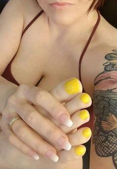 Ideas pedicure yellow toe for 2019 Pretty Toe Nails, Cute Toe Nails, Pretty Toes, Diy Pedicure, Pedicure Colors, Pedicure Nails, Toenails, Manicure, Feet Soles