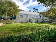 House Details: 5 Bedrooms, 4 Bathrooms | 5 Bedroom House For Sale in Newlands, Cape Town | R13,200,000 | Stately home complete with own water supply