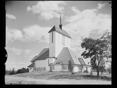 Ullensaker kirke - no-nb digifoto 20150122 00116 NB MIT FNR 18839 - Arnstein Arneberg – Wikipedia