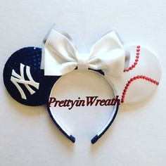 New York Yankees inspired Mickey Mouse ears headband. These ears are ideal for you Yankee fan wear to a game or disney parks. Ears are durable and