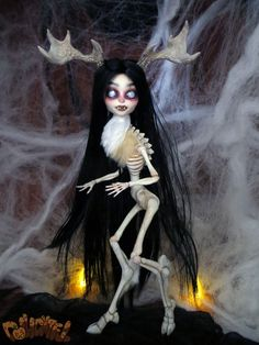 so scary but amazing - Wendigo Halloween Skeleta Calevaras Custom Doll by Dollightful [Katherine Murray] Spoopy!