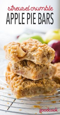 Dessert bars that taste just like apple pie.but you can enjoy them without a fork! Best Homemade Cookie Recipe, Apple Pie Recipe Easy, Apple Pie Recipes, Great Desserts, Delicious Desserts, Dessert Recipes, Bar Recipes, Dessert Ideas, Easy Apple Desserts