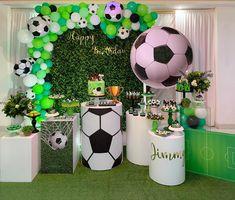 Football Theme Birthday, Soccer Birthday Cakes, Soccer Theme, Football Themes, Baby Boy 1st Birthday, Soccer Party, Sports Party, Soccer Ball, Party Kulissen