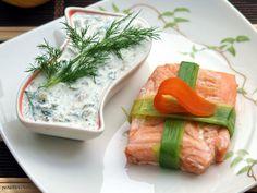 Łososia i warzywa gotujemy na parze