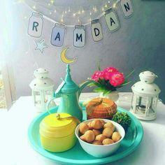 . Ramadan Mubarak Wallpapers, Ramzan Eid, Ramdan Kareem, Ramadan Cards, Girly Dp, Muslim Ramadan, Ramadan Activities, Ramadan Decorations, Islamic Pictures