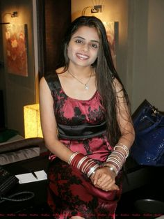 Desi Beautiful Housewife In Bedroom After Marriage Enjoying Leaked Photos With Boyfriends Cute Indian And Girls Bold Images Collection