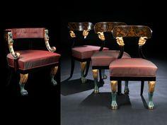 Birnbaum massiv und furniert auf Nadelholz, ebonisiert. Gestelle in den Dekorationselementen geschnitzt, gefasst und vergoldet. Die Sitze und die Lehne des ...