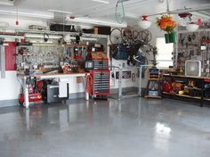 Inspiring Workshop Garage for Minimalist House. Have an unused garage at home? You can take advantage of the space to be a place of business or workshop garage. With right decoration, you can . Garage Tools, Garage Shop, Garage House, Diy Garage, Garage Ideas, Garage Systems, Garage Workbench, Workbench Plans, Dream Garage