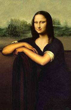 Mona sitting
