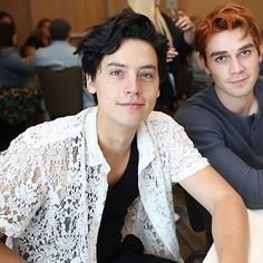 Newly released photo of Cole and KJ at Comic Con! #colesprouse