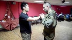 When Wing Chun (詠春) meet Systema (西斯特玛) by Sifu Leo Au Yeung (Full HD)