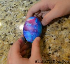 A Thrifty Mom - Extreme couponing the right way » Swirl Easter Eggs ~ How to dye Easter Eggs with shaving cream