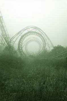 creepy abandoned amusement park