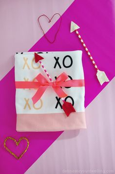 Create a fun Custom Printed XO Valentine's Day Blanket - Delineateyourdwelling.com