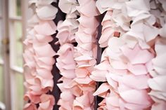 How to Make Ombre Crepe Paper Garland for a Backdrop