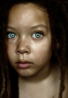 Beautiful child, with dreads ... wide eyed with wonder ... <3 www.24kzone.com