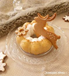 Entremet renne poire caramel - Foodista Challenge #26 No Sugar Foods, Macaron, Caramel, Panna Cotta, Biscuits, Pudding, Peach, Candy, Cookies