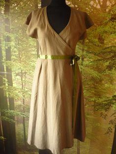 Mosgreen linen pagan Druïd dress with empire door AvalondesignsNL