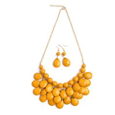 Jesice Teardrop Bubble Bib Necklace Set ($4.99) ❤ liked on Polyvore featuring jewelry, necklaces, jewelry & watches, mustard, teardrop jewelry, bubble bib necklace, bib necklaces, mustard yellow necklace and teardrop necklaces