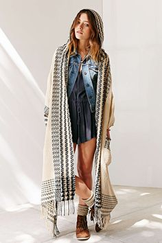 Oversized Pattern Hooded Ruana